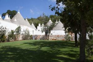 Borgo Canonica Trulli Giardini Puglia