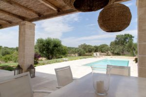 Giardino piscina villa Ostuni #8
